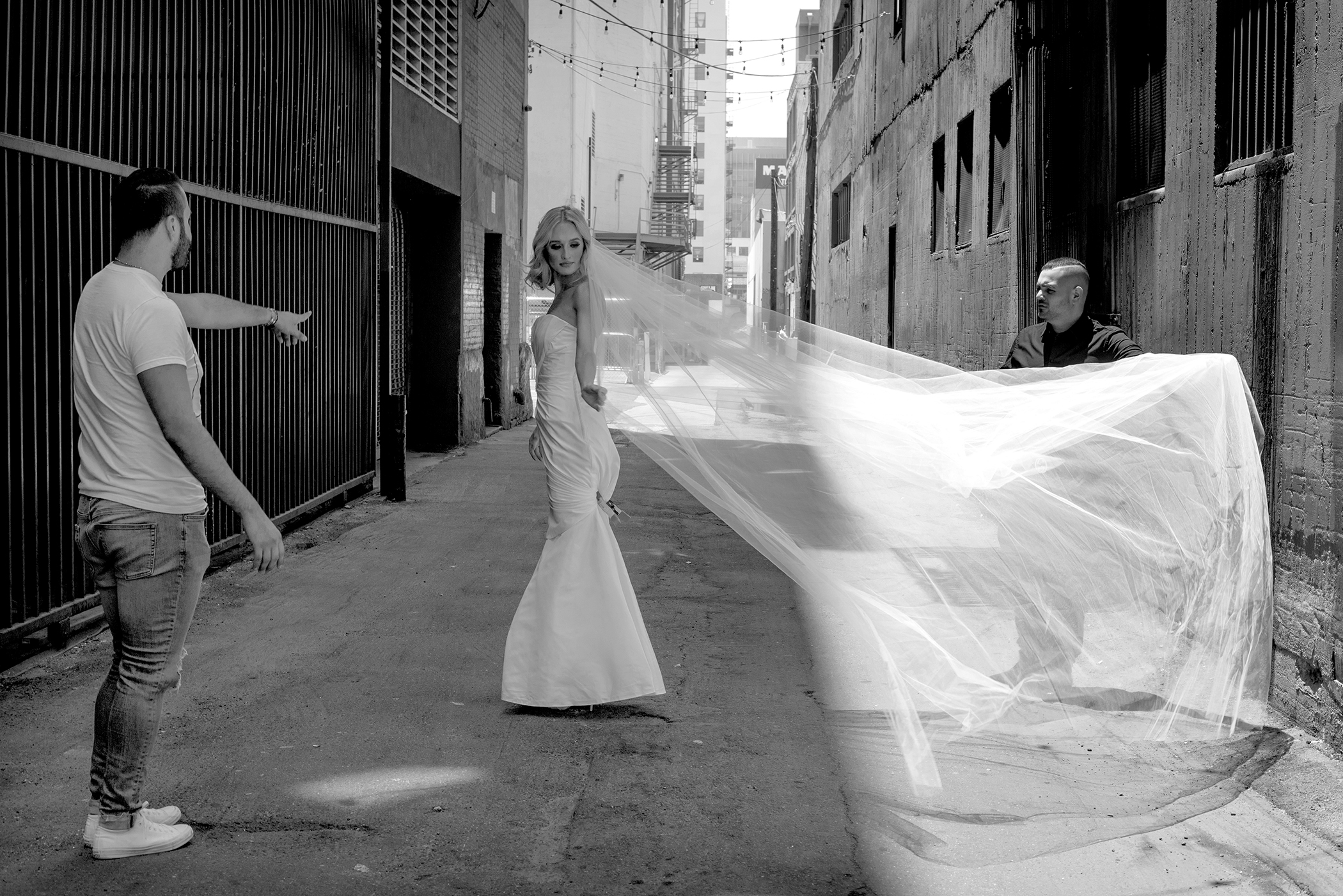 Alleyway Bride, Los Angeles, CA,2016.jpg