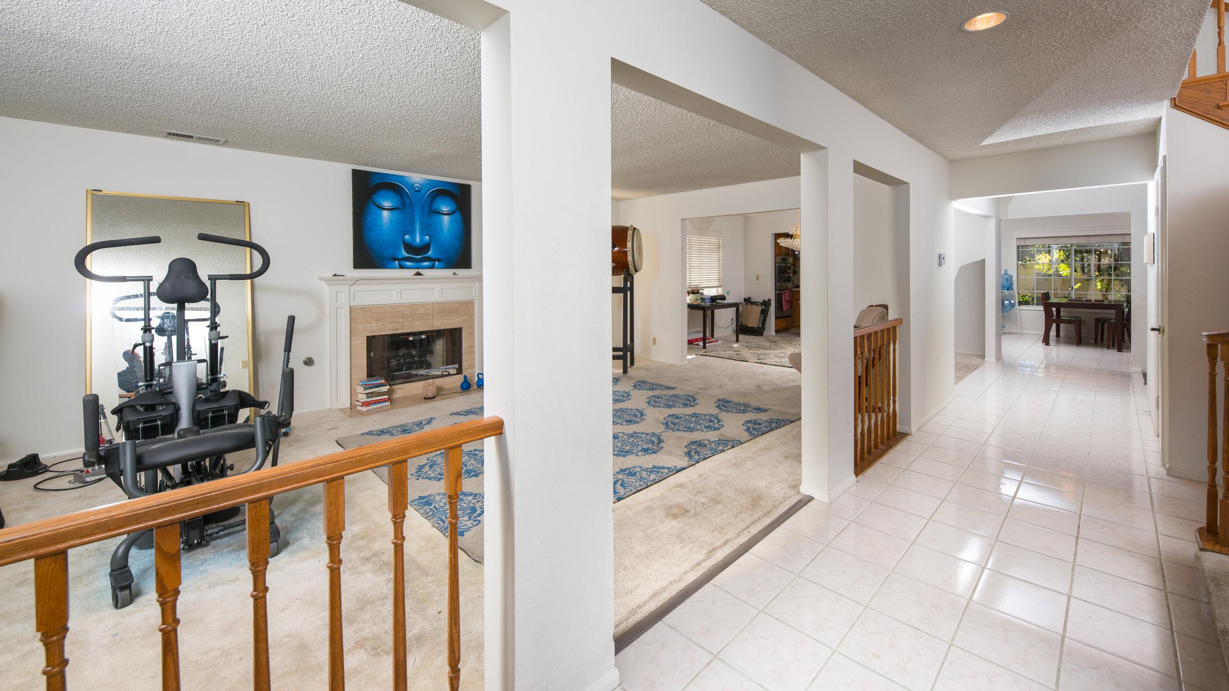 Living Room 2 3005 Blaisdell Redondo Beach.JPG