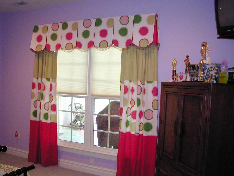 custom-draperies-styles-by-sharon-richmond-chesterfield-glen-allen-ashland-montpelier-manakin-sabot-goochland-virginia-3.jpg