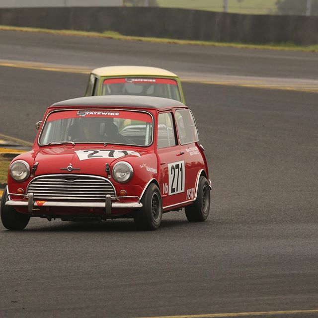 Mini magic! With many thanks to ThrottleJam Photography #minicooper #minicoopers #carracing #historicmotorsport #historiccars #historicracing #sydneymotorsportpark #sydney #historicminicooper #cars #motorracing