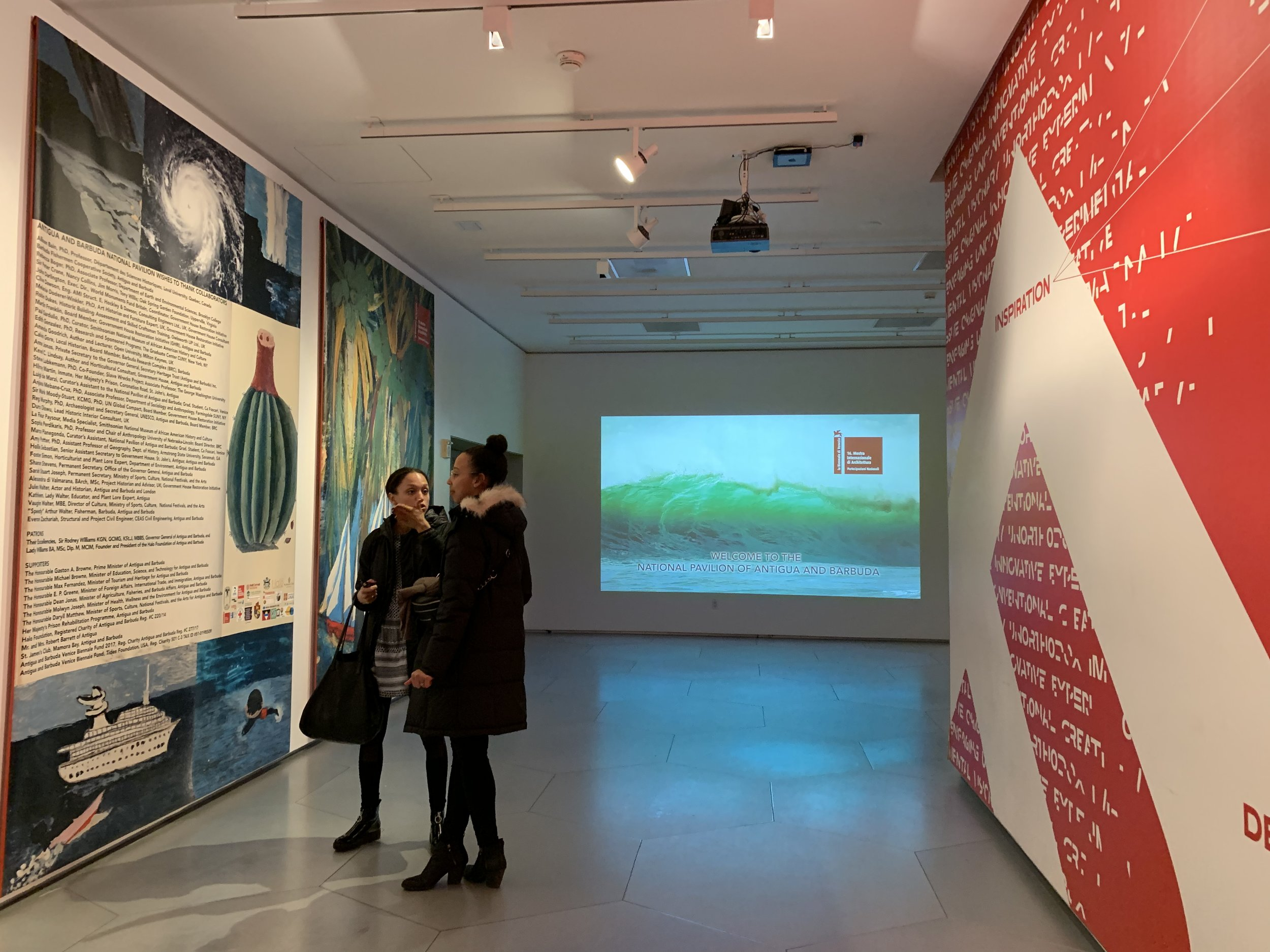 Students and faculty exploring then exhibition, Photo by Ludovica Martella