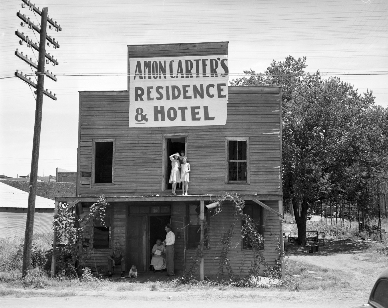old hotel 10011632.jpg