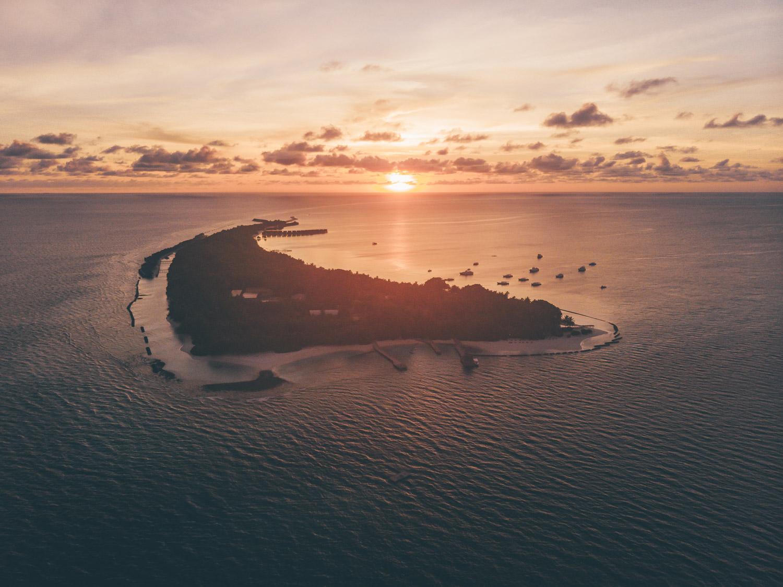 kuramathi_sunset_drone.jpg