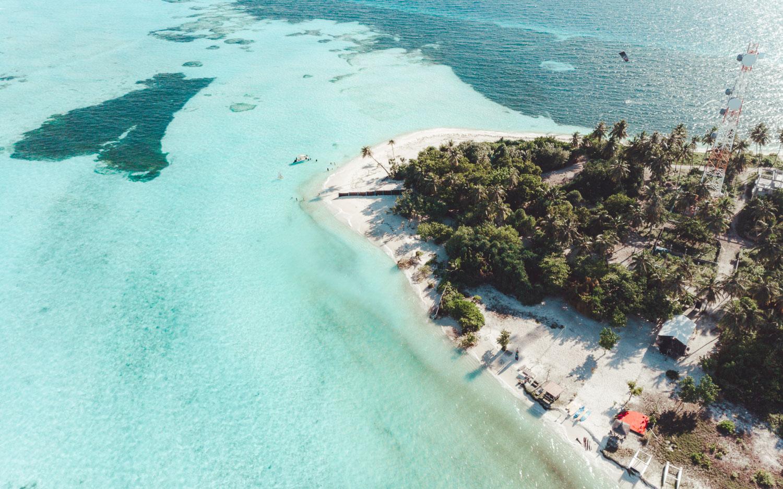 reef_safe_sunscreen_beach.jpg