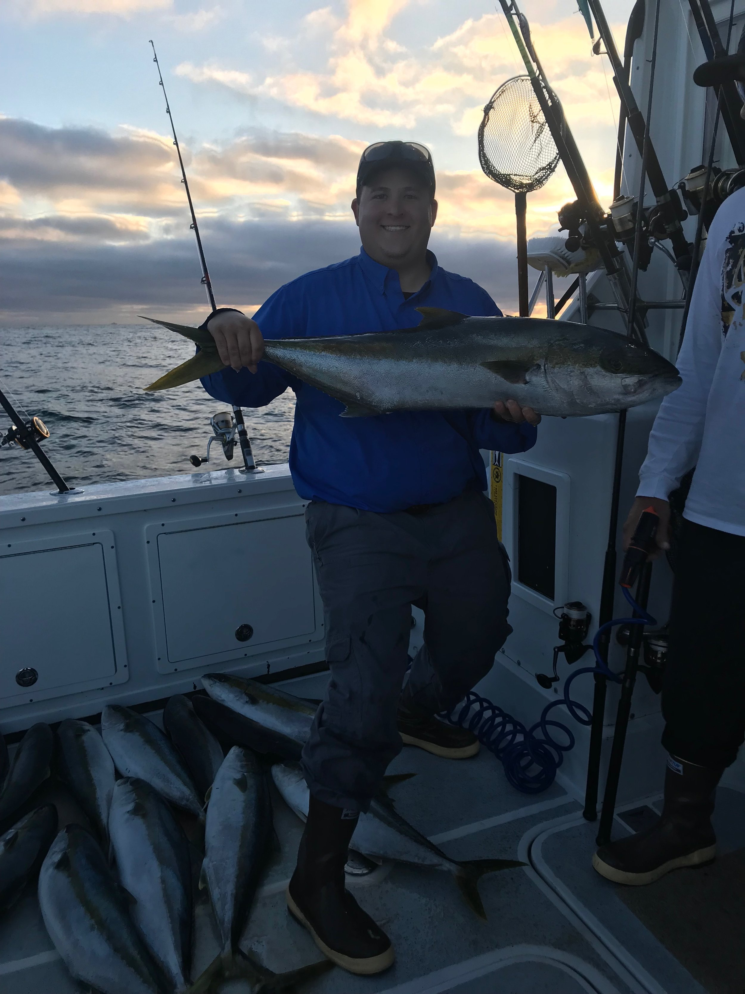 - August-10-2019Found the right kelp again for our group. We ended up withLIMITS of 12-25 lb Yellowtail!