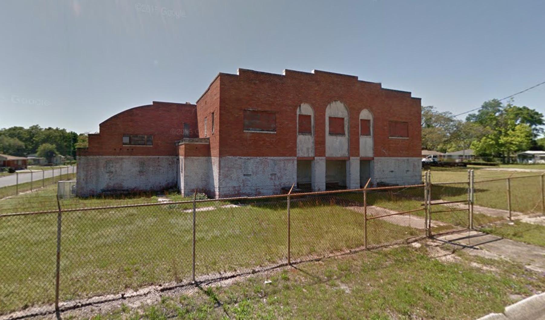 #3 - Washington Jr. High School Gymnasium806 West De Soto StreetBuilt 1939