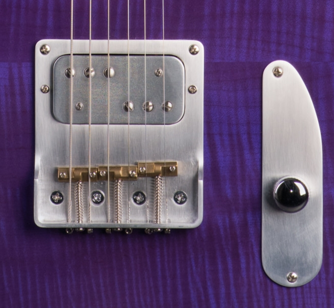 Hand made pickup - Replace your stock pickup with something a little different. What about a sweet sounding vintage vibe? Let's make your guitar even more special.