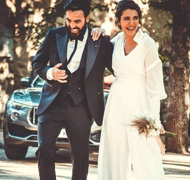 ¡Desde nuestras RRSS queremos felicitar a nuestro querido @Hueccounicco y Laura Jiménez por su enlace! ¡Viva los novios! 👰🏽🤵🏻  #Huecco #Felicidades #Boda
