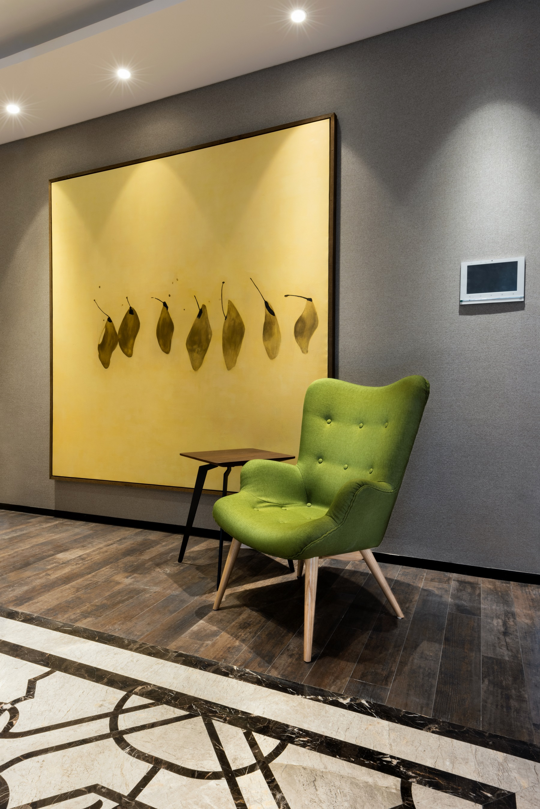large_art_green_armchair.jpg