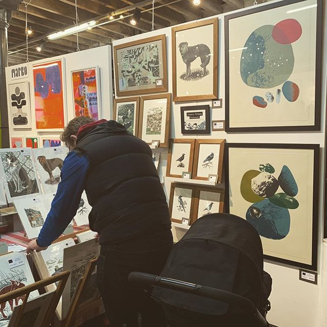 Had such a great day yesterday at the @hepworthwakefield print fair. It was so good to meet some fellow paper geeks and talk about how great GF Smith are. I really love my lithograph landscape print and my risograph pinched bum cheek! 😊#printfair #print #prints #art #illustration #risograph #lithograph #lithography #hepworthwakefield