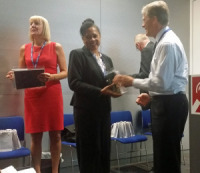 2016coursesEdward-Troupe-presenting-certificates.jpg