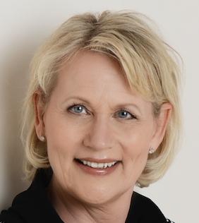 Christie Rosenberg, bededame og indehaver af Valby Bedemandsforretning