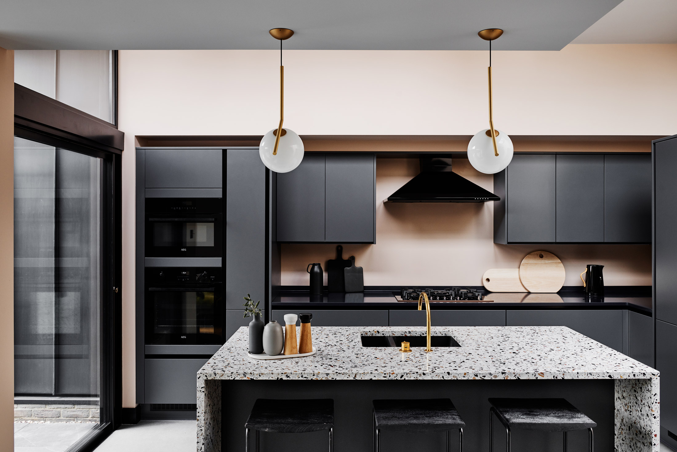 House_of_Grey_Kitchen_black_Merton_Street.jpg