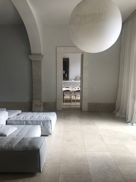 House_of_Grey_portugal_silent_living.jpg