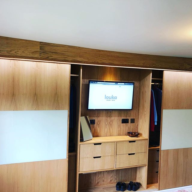 Luxury Bespoke oak and glass wardrobes, lighting inside and a led strip lights to the front handmade drawers #hilti #nottinghill #kensington #wardrobestylist #wardrobe #fashion #handmade #bespokefurniture #shropshire #london
