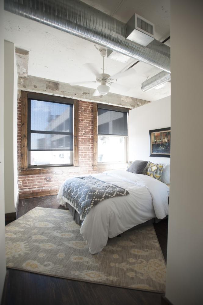 411 bedroom .jpg
