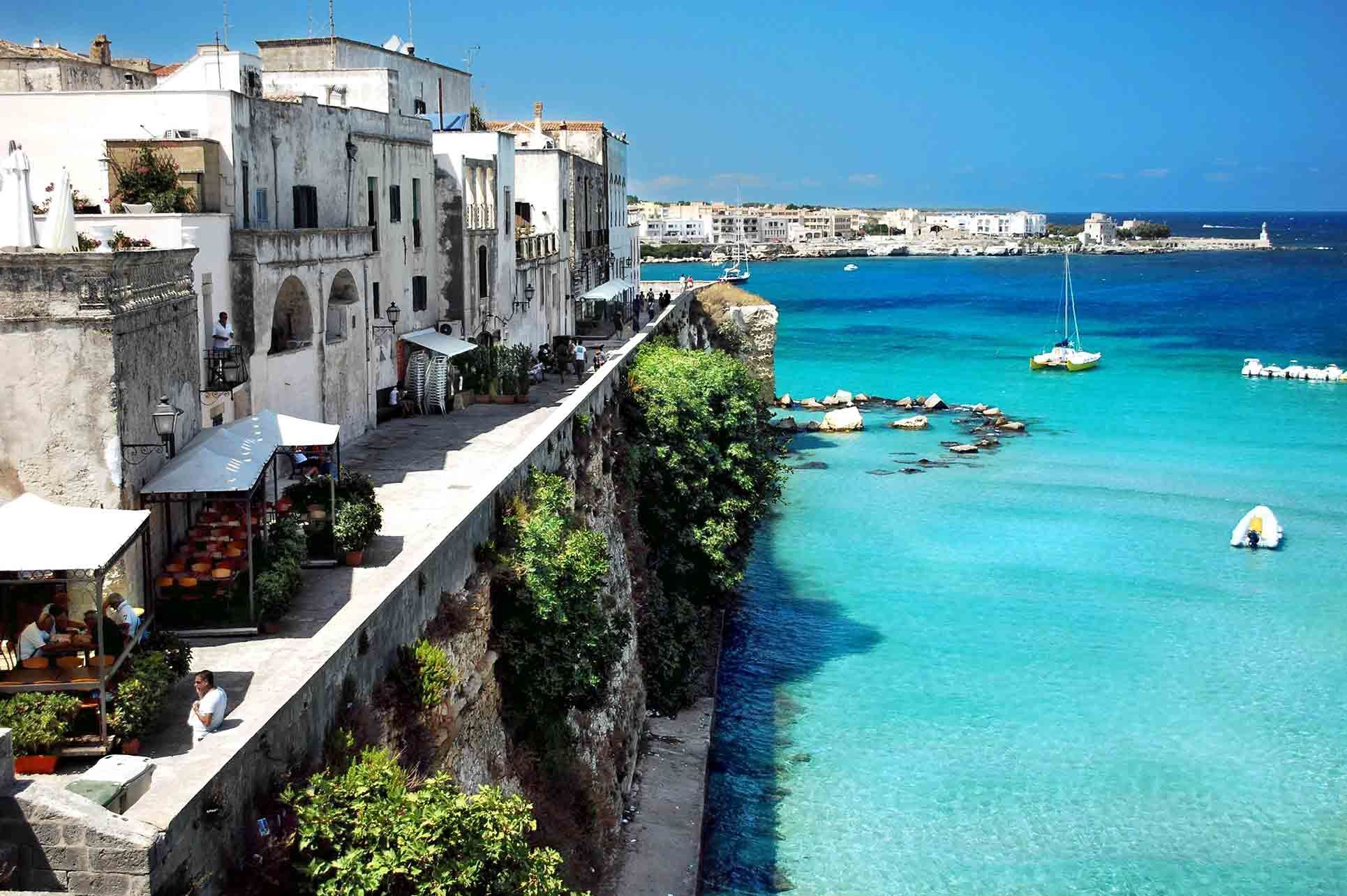 Puglia-background-clear.jpg