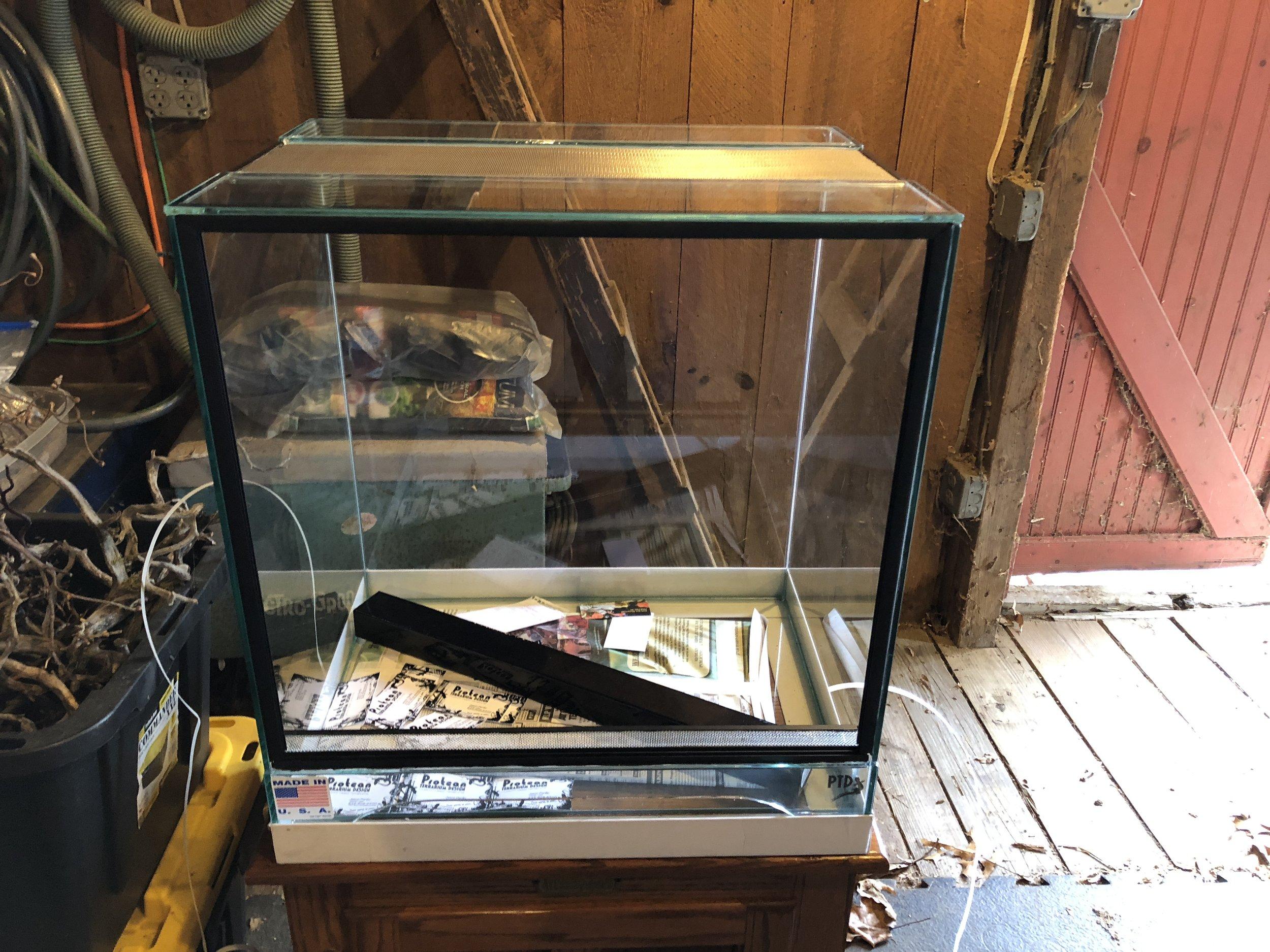 EuroStyle Vivarium — Glass Jungles