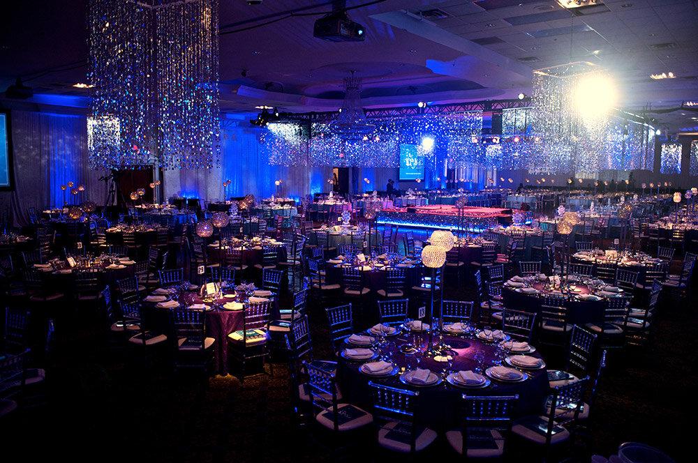 Paras-Events-Gala-Design-Ice-Winter-Wonderland-Party-Trillium-Health-Partners-Foundation-1.jpg