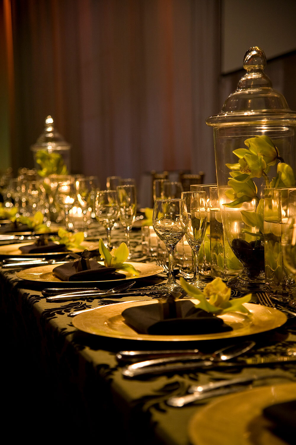 Paras-Events-Moss-Organic-Earthy-Apothecary-Jar-Wedding-Reception-Liberty-Grand-2.jpg