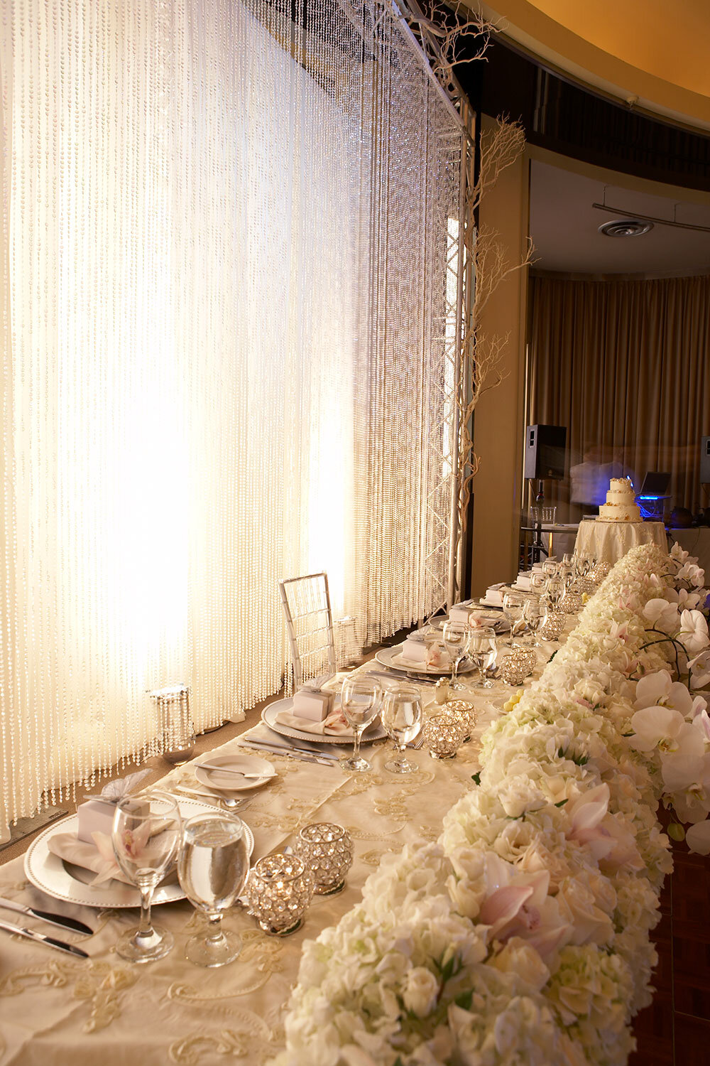 Paras-Events-Winter-White-Wedding-Branches-Orchids-The-Carlu-2.jpg