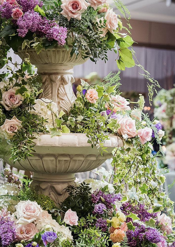 Paras-Events-Paramount-Event-Venue-Garden-Floral-Fountain-Reception-4-2.jpg