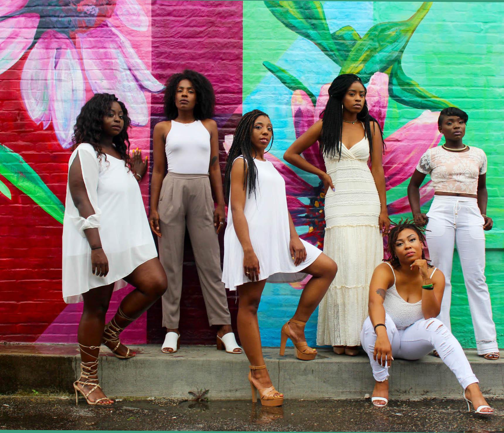 gallery-4-clarke-sanders-blackwomen-unsplash.jpg