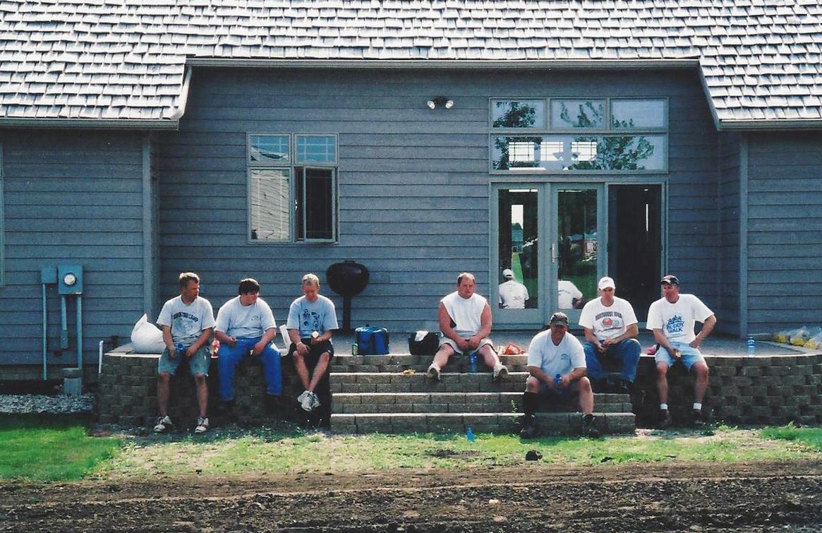 2006 crew.jpg