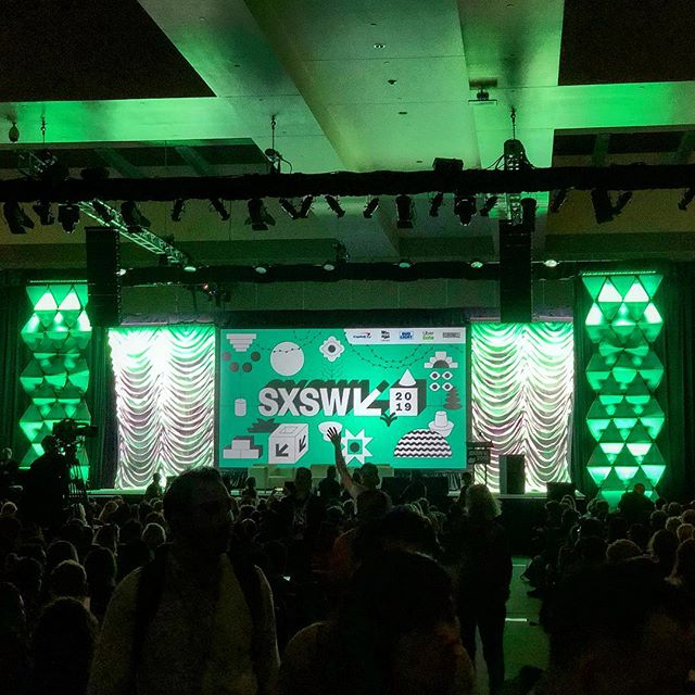 "‪#GrowWithBud is at #SXSW! Highlights from day 1: @rohitbb's hilarious ""7 #NonObvious Trends Changing the Future in 2019"":‬ ‪1. Retro-trust ‬ ‪2. Muddled masculinity‬ ‪3. Innovation envy‬ ‪4. Artificial influence‬ ‪5. Enterprise empathy‬ ‪6. Robot renaissance ‬ ‪7. Back-storytelling‬"