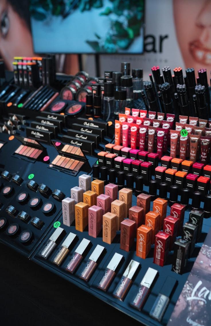 The-Makeup-Show-Elle-Harikleia4.png
