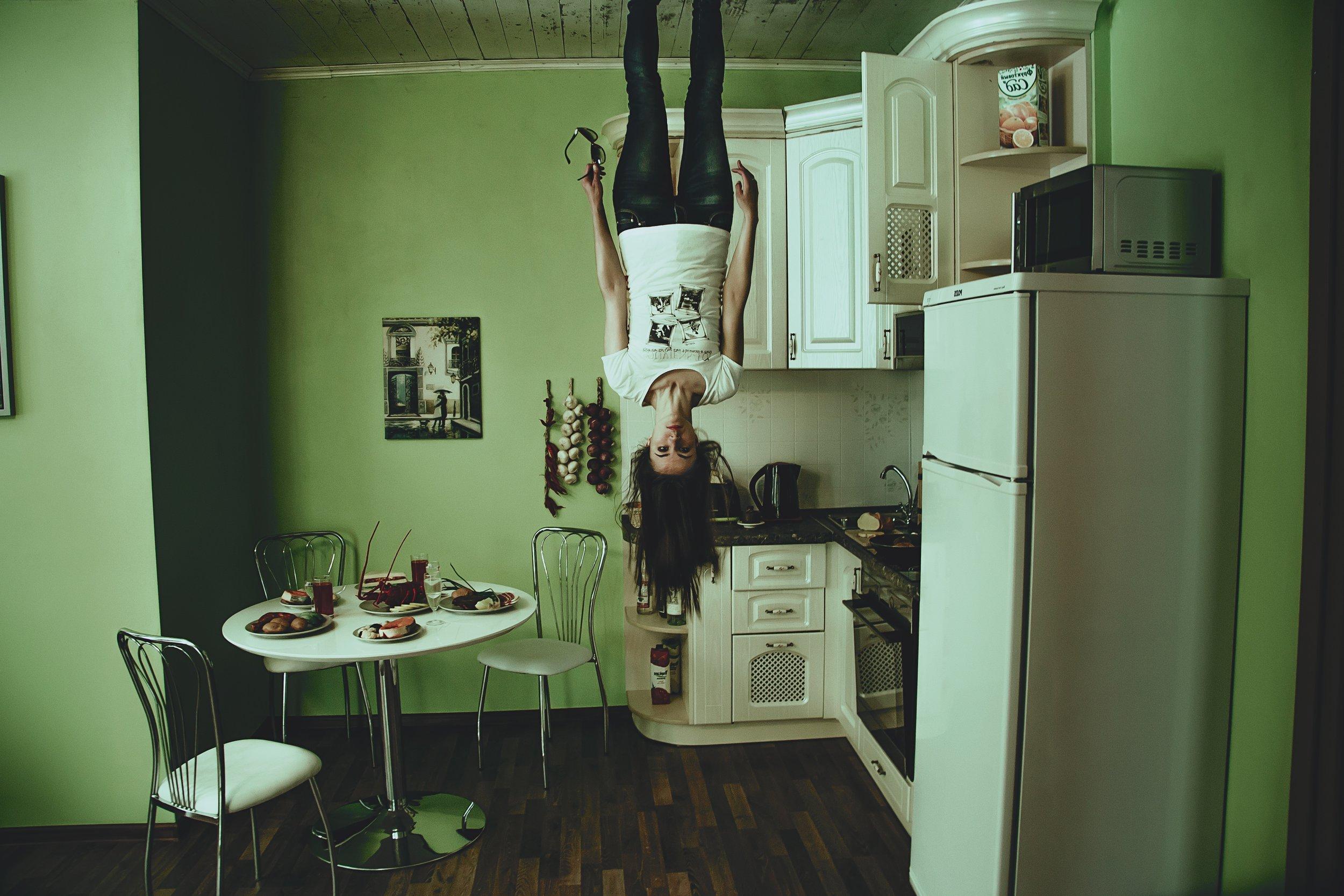 apartment-cabinet-chair-207858.jpg