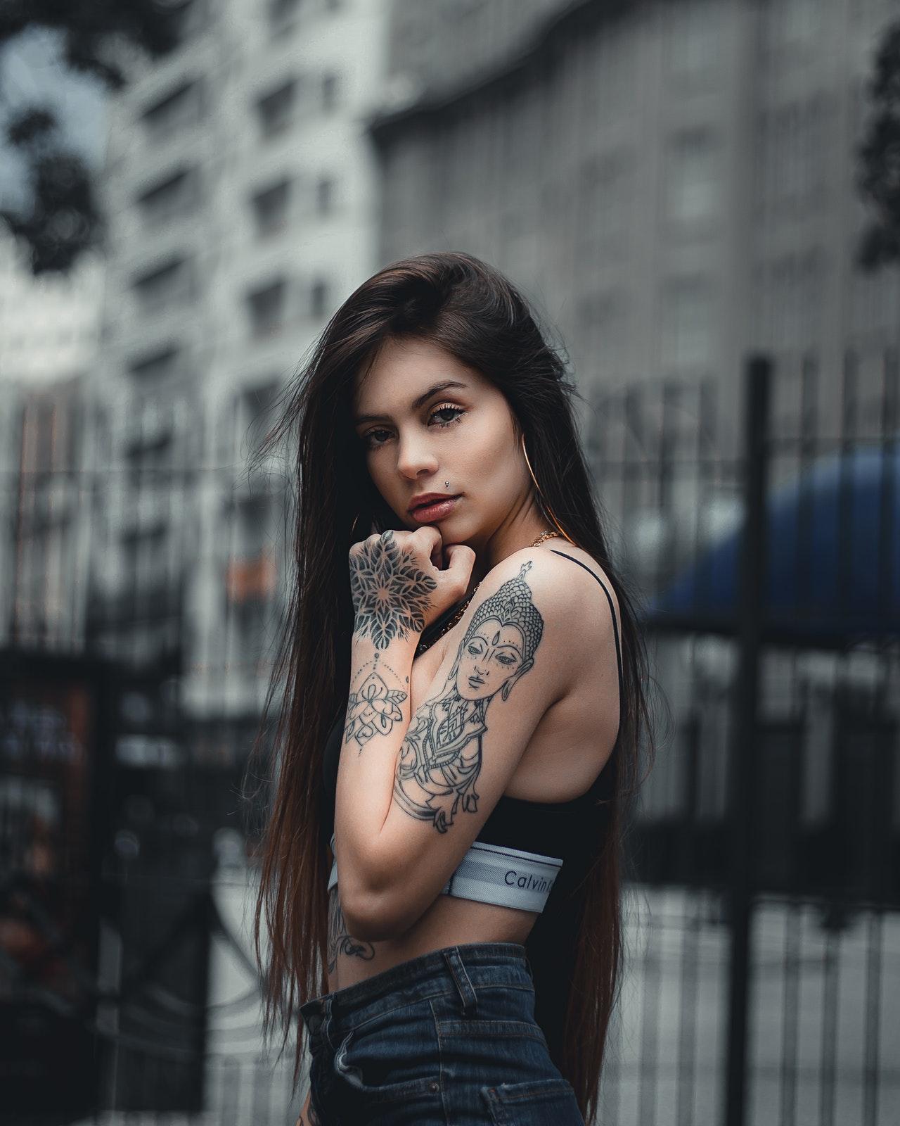beautiful-beauty-brunette-2356167.jpg