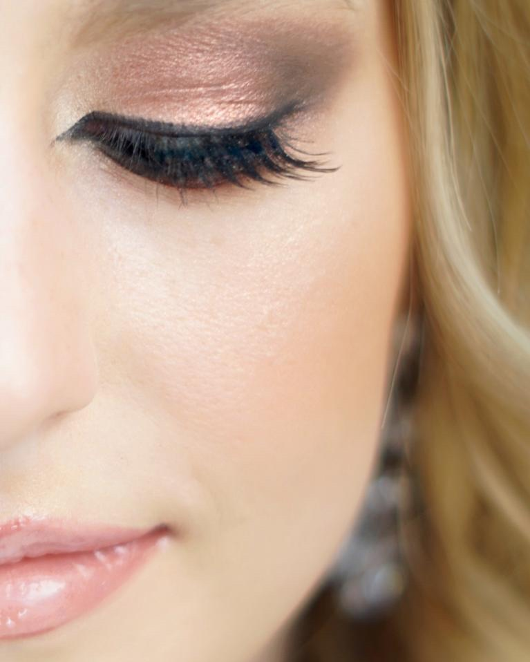 LE MAQUILLAGE €85* -