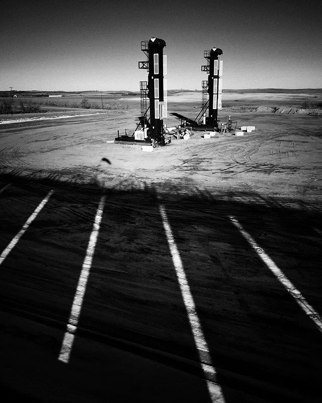 Rotoflex units are probably the least photogenic out of all I've shot so far, but still have a draw for me. Took this shot from a ways off, even though it looks like I'm close.  #oilandgas #industrialphotography #industrialphotographer #bakkenoilfield #ndlegendary #northdakota #northdakotalegendary #industriekultur @weatherfordcorp #blackandwhitephotography