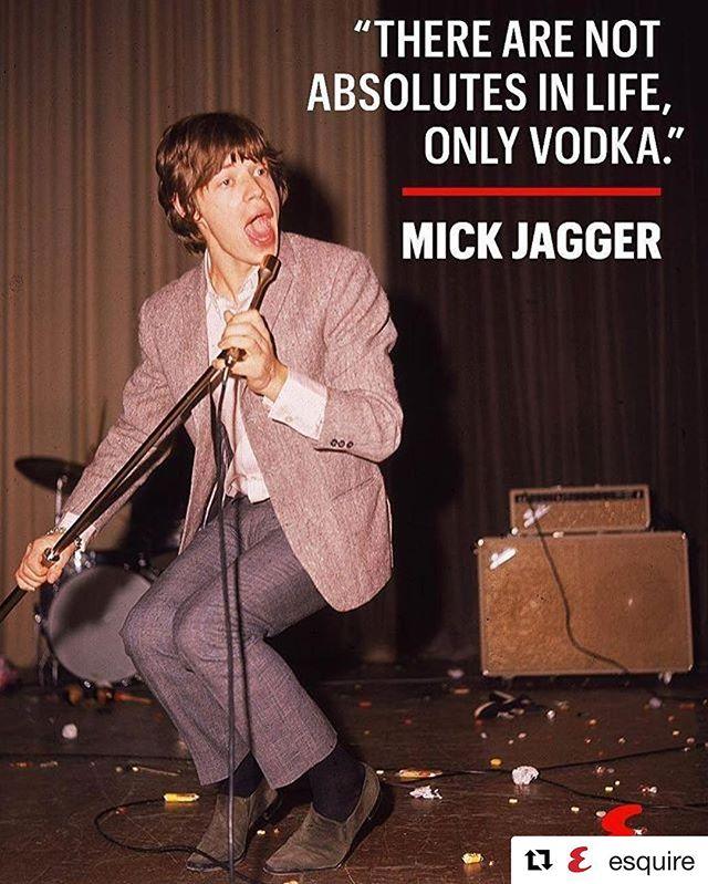 #SaturdayNightVibes 🍸#puszyvodka #theessenceoflife @esquire ・・・ #Esquire #Vodka