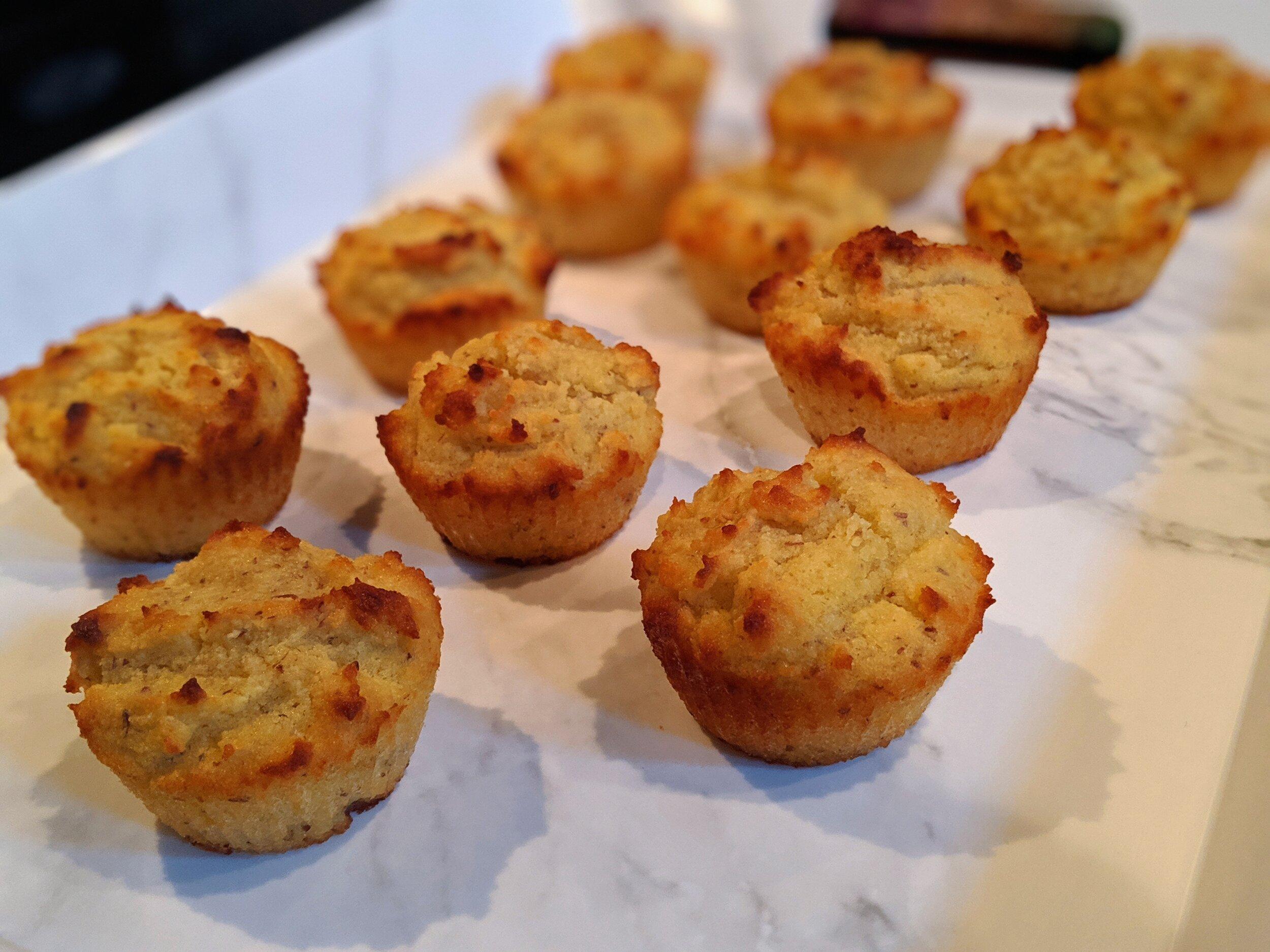 ChipMonk Baking Keto Low Carb Gluten Free Vanilla Cupcakes (12).jpg