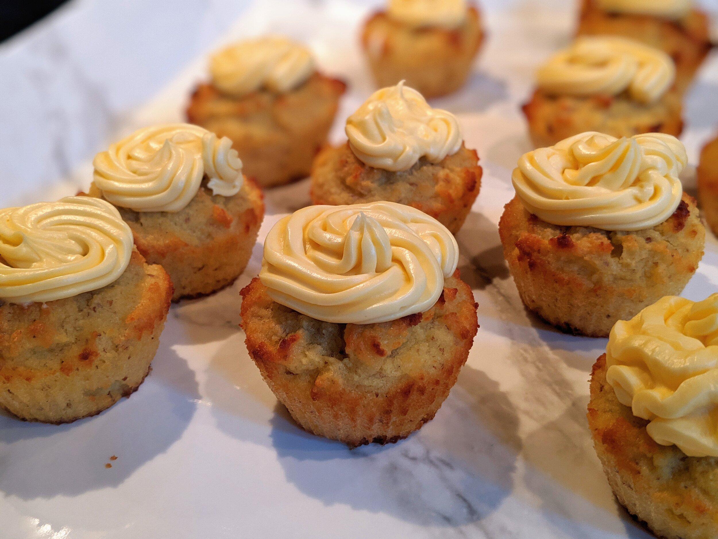 ChipMonk Baking Keto Low Carb Gluten Free Vanilla Cupcakes (15).jpg