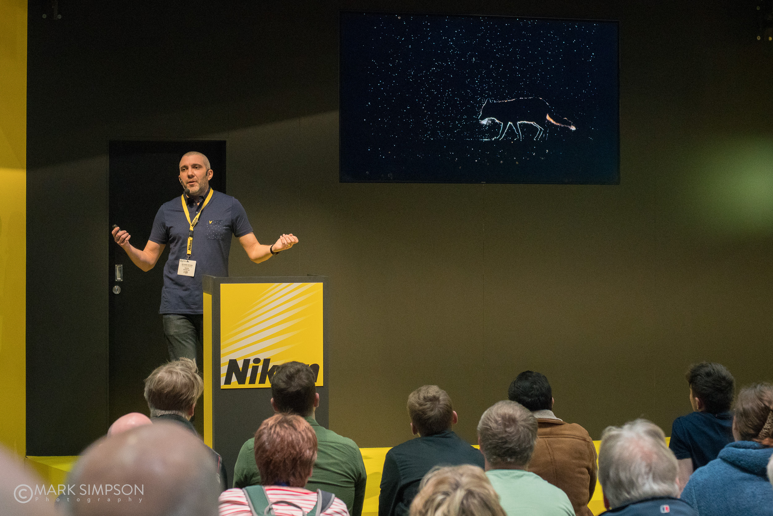 Wildlife photographer Richard Peters on the Nikon School Stage. (Sony A7R II, Carl Zeiss Planar T* 50mm f/1.4)