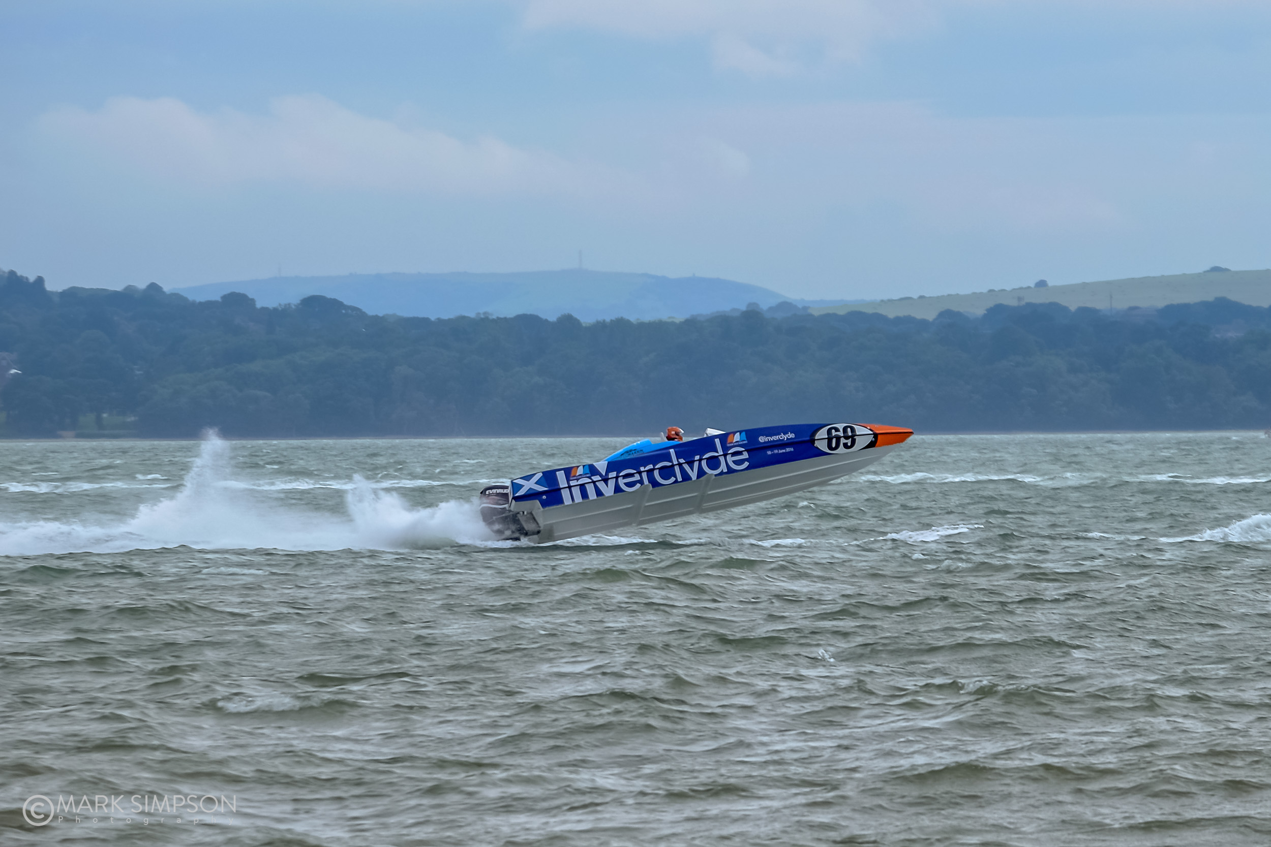 Grand Prix of the sea, Stokes Bay, Hampshire (Fujifilm X-T1, Fujinon XF 55-200mm F3.5-4.8 R LM OIS at 200mm, 1/1000 sec f7.1, ISO200)