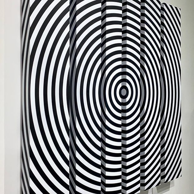 "From my Black & White Kinetic Elements serie: ""Circumference"" 68"" X 50"" X 4"" 1/3 . . . #art #design #aluminum #contemporaryart #adrianadorta #white #black #work #picoftheday"