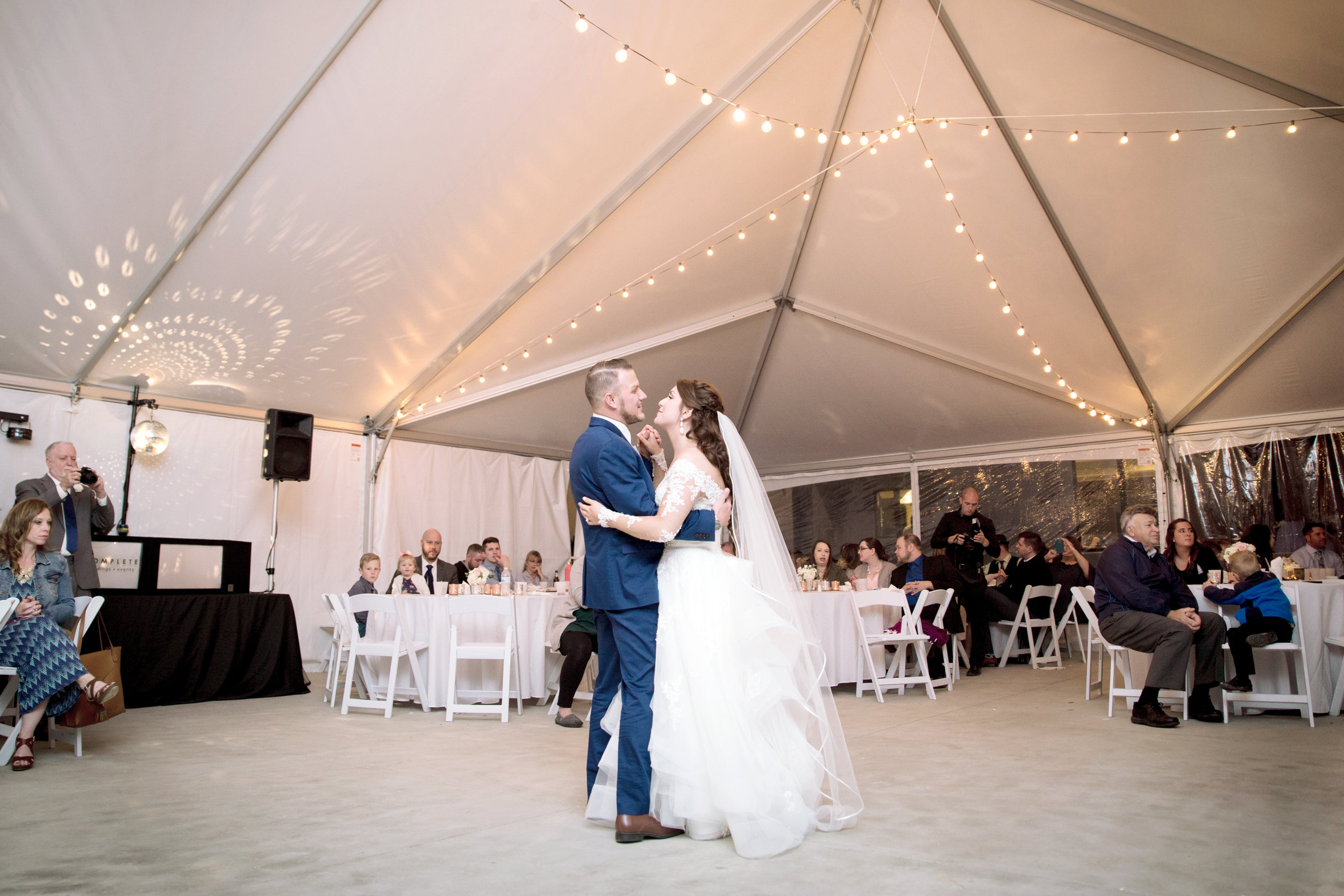 Sunset Bluffs St. Louis Wedding Venue