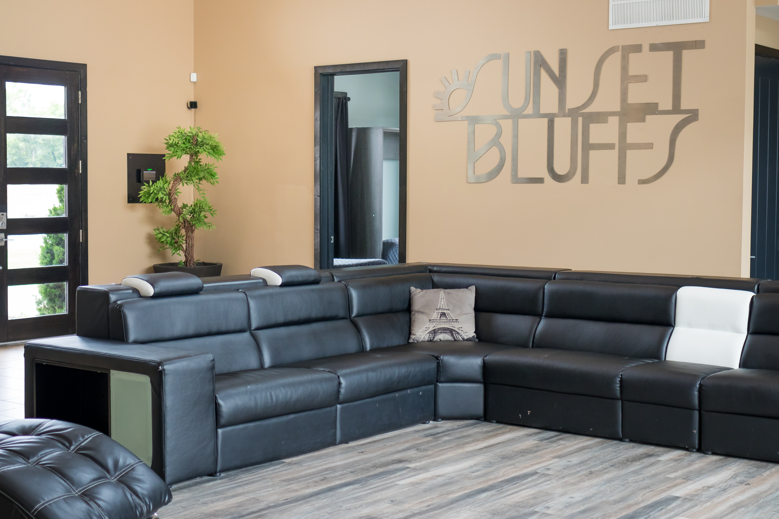 060719_Sunset_Bluffs_Evren_Interiors_Web (27 of 77).jpg