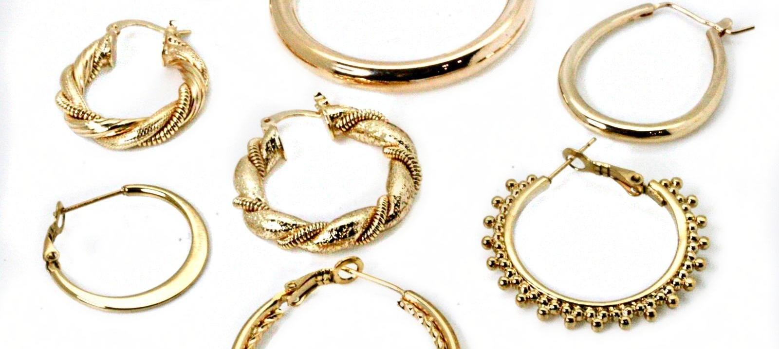 choisissez votre base - Commencez par choisir la base de votre création : un collier chaîne, un bracelet, une bague ou des créoles.