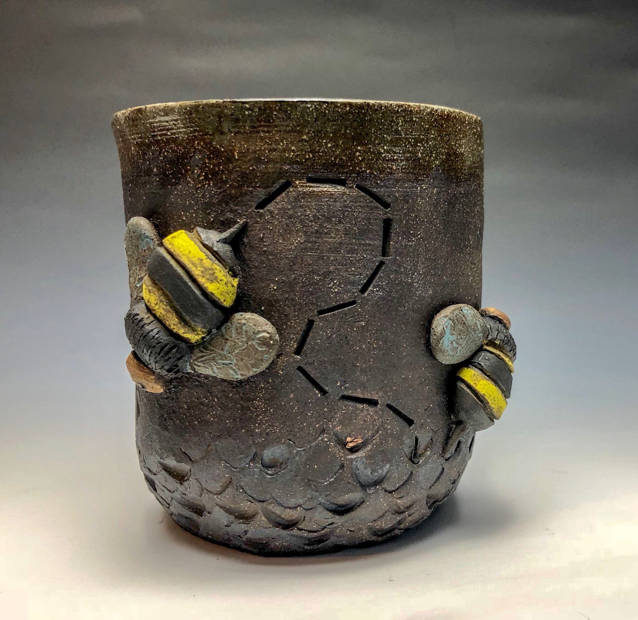 Bee cup 2.JPG