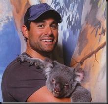 Jason Mesnick_with koala_thumb[2].jpg