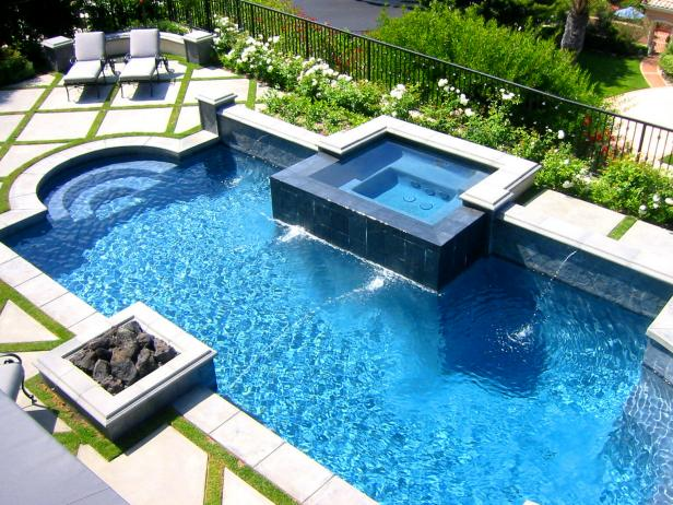 Custom Design - Have a vision of your perfect pool or spa? Need help selecting a concept. Trust our professional designers to turn your dream into relaxing reality. Let us design an award winning pool for you.