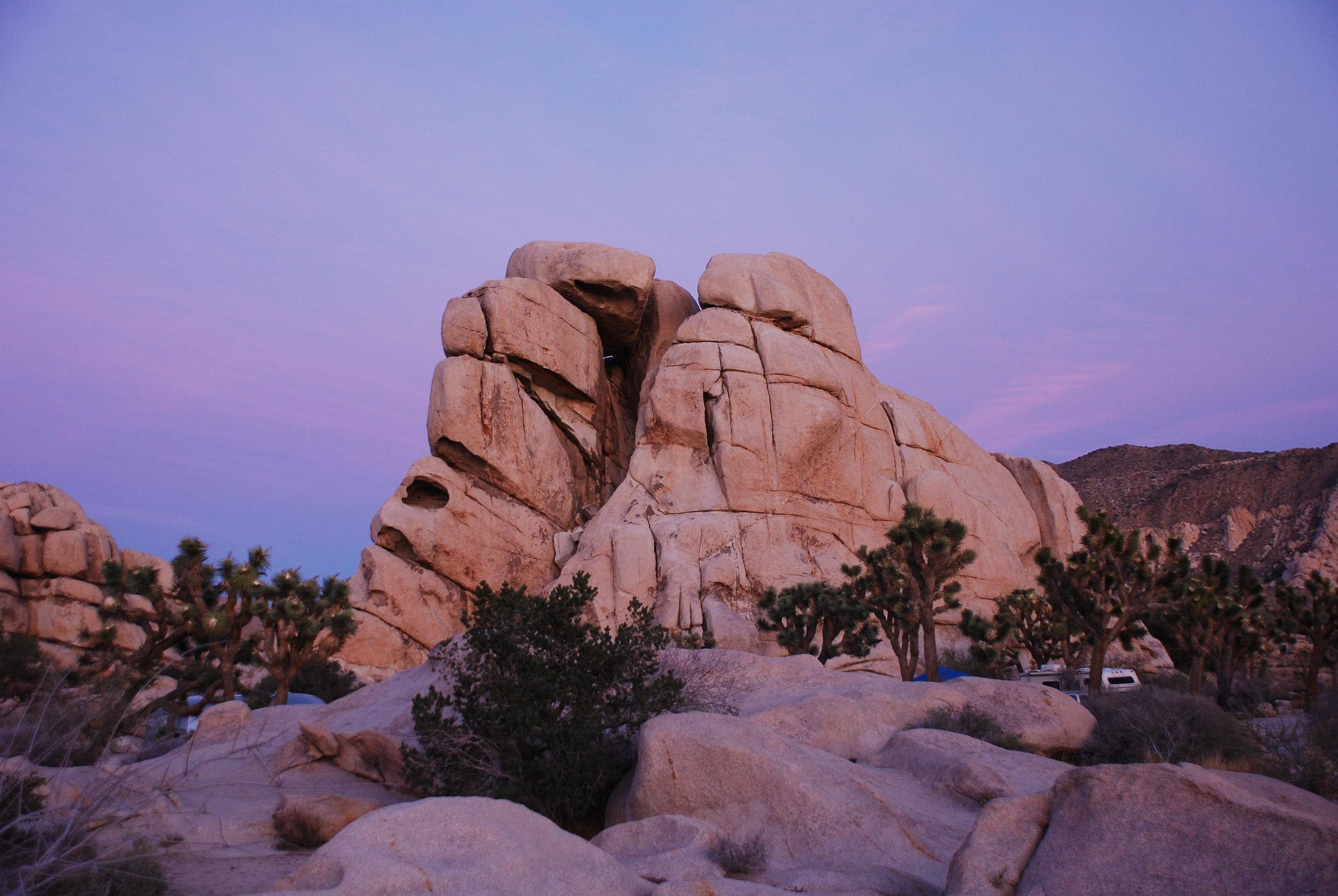 Joshua_Tree_-_Chimney_Rock.jpg