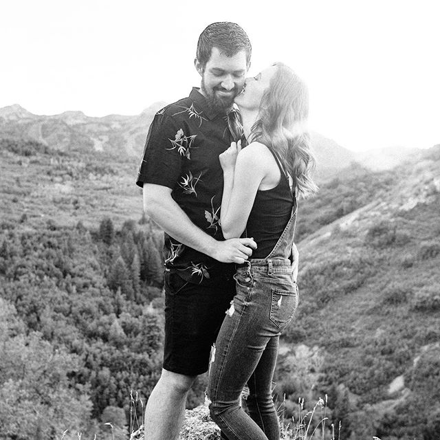 . . . . .  First off… @shutterbugphotography3 you guys are freaking adorable!  Second… Later today I am launching all the details for the website give away!  I wouldn't be where I am if it weren't for the immense amount of help and support I have been blessed with.  So I am looking for a photographer that needs a new website and logo to help get there business to the next level!  Keep your eyes out for the official giveaway later today!  Third…The rest of October I am offering Branding Shoots!  If you are local to Ogden, Utah or close by and need updated headshots or new images to use for your social media or website this is for you!  You'll get 20 minutes of shooting time with me and will receive 10-15 of the best images delivered to you in a gallery to use in your marketing, on your website, or for your social media.  The mini sessions are $75 each and are happening between 11am-2pm on Wednesday, Thursday, Friday each week for the rest of October.  Limited spots per day so DM me to get your spot!  Lastly… 2019 has been a crazy year and I am so pumped for what's coming in 2020!  With that said my pricing will be going up at the beginning of the year SO! If you have been debating on getting a website or logo done now is the time to get it booked!  Shoot me a DM or head over to my website to get all the details!