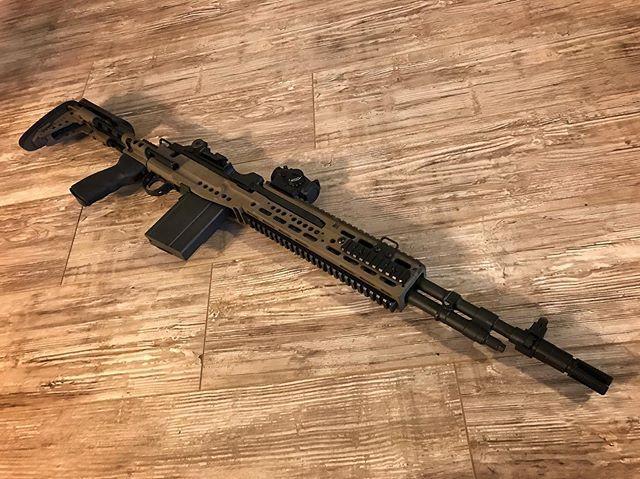 Really diggin this M1A in a Sage International chassis coated in graphite black and Glock FDE. #cerakotethatshit #gunsdaily #gunsofinstagram #cerakotecertified #cerakote #myshitscustom #m1a #sageinternational