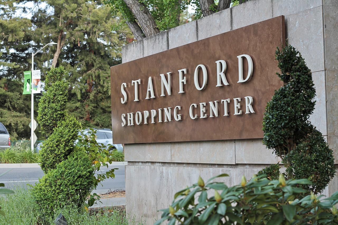 Stanford Palo Alto Mall Blu Skye Media-X2.jpg